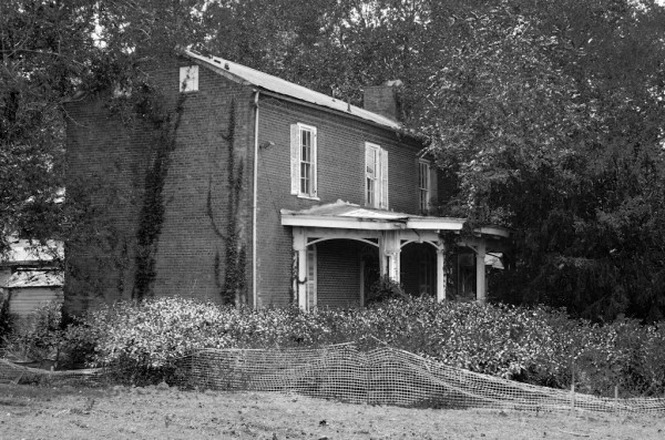 Antebellum House on Kingston Pike in Knoxville, TN