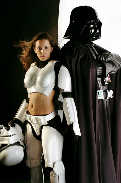 Leia's Metal Bikini: the Greatest Web Site on the Entire Internet